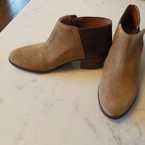 Madewell Cait booties - brown/tan - NWOT- 6.5